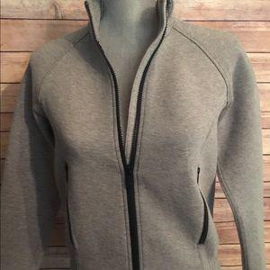 lululemon athletica Jackets & Coats - Lululemon NTS jacket size 6 heathered black